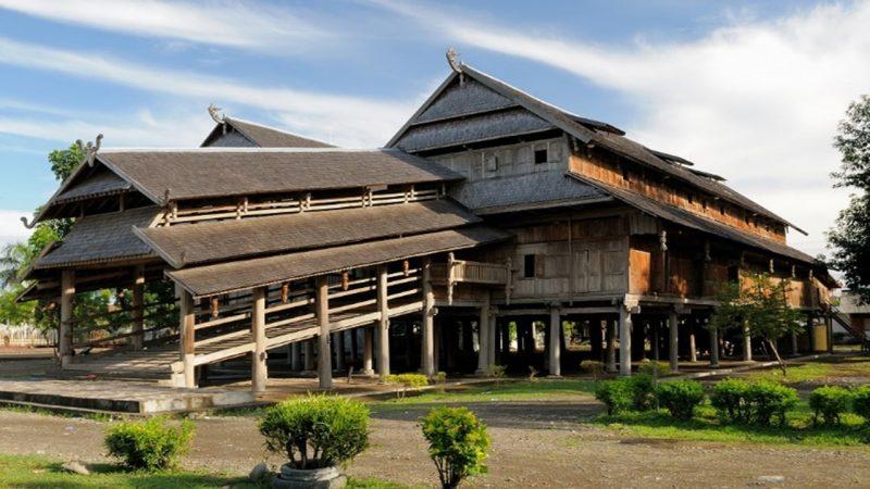 Rumah adat NTB