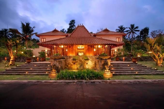 Rumah adat Jatim