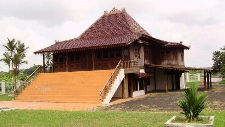 Fungsi ruangan dalam rumah adat Bengkulu